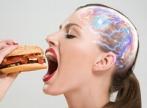 Cum iti pacalesc alimentele nesanatoase creierul